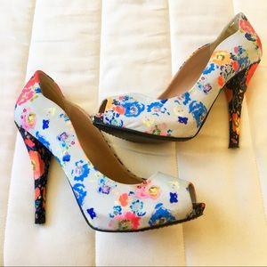EUC Rachel Roy, Peep Toe Floral Pump Heels